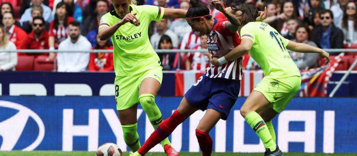 entrenamiento en futbol femenino